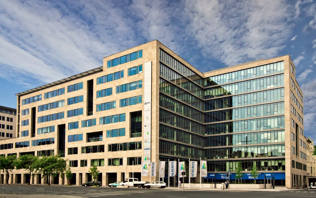 HB Reavis and Zeus Capital Management complete the first major office transaction in Hungary in 2016